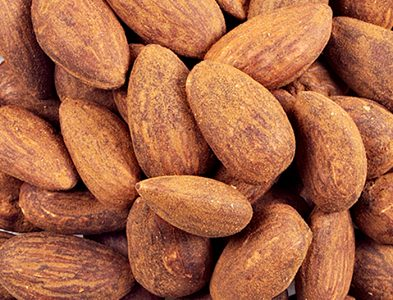 Toasted natural organic almonds